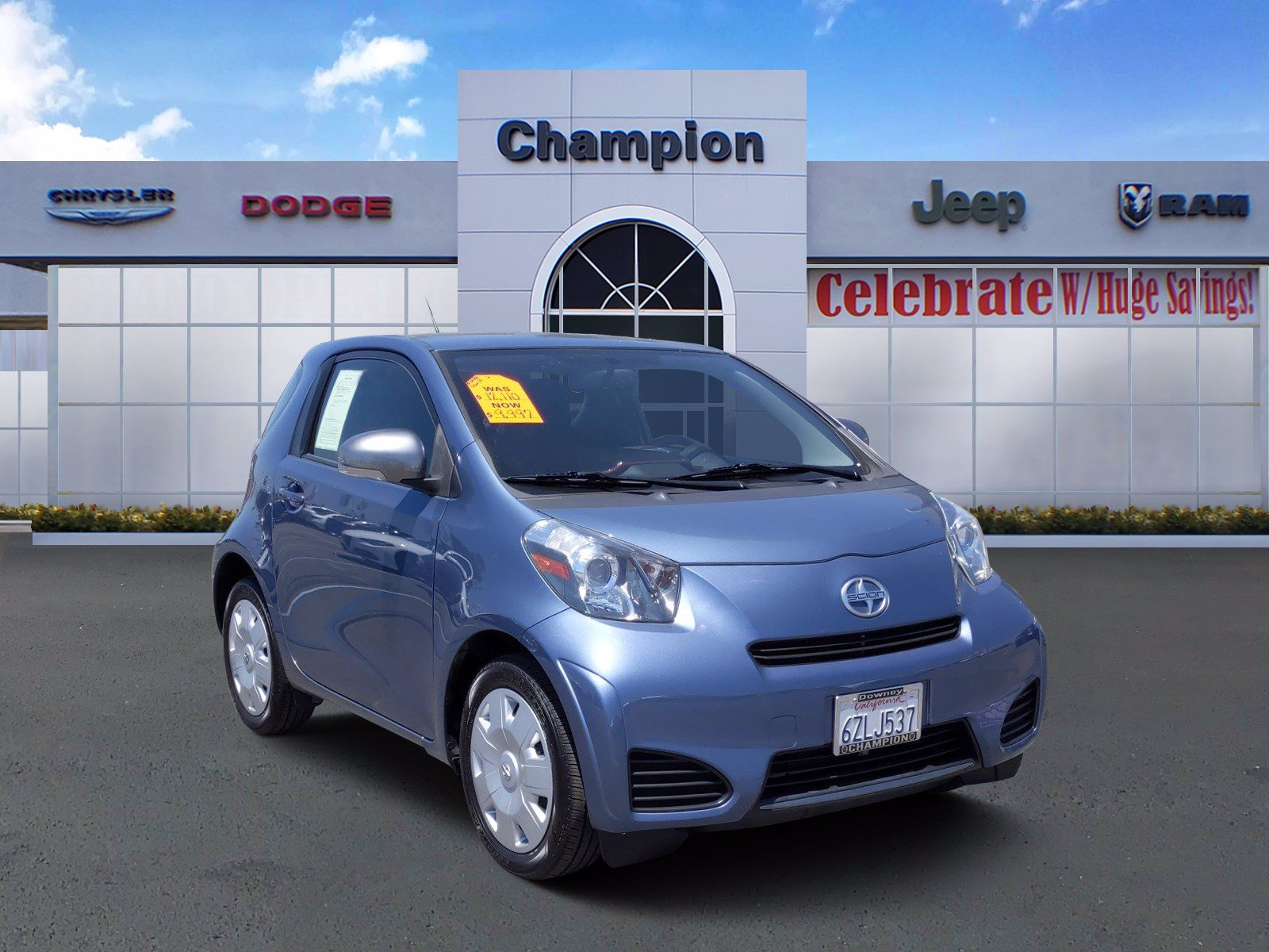 Pre-Owned 2013 Scion iQ